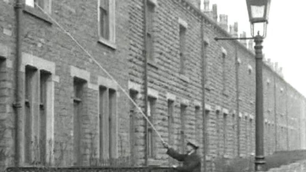 英國的「Knocker Upper」 圖片來源:bbc