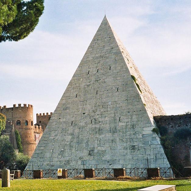 歐洲也有金字塔-羅馬的塞斯提烏斯金字塔